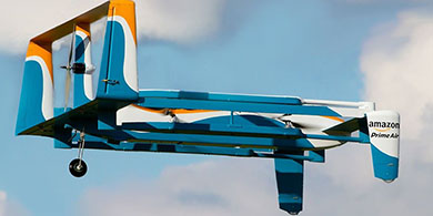 Amazon quiere lanzarte paquetes con paracaídas