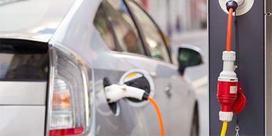 Quitan el impuesto a la importación de autos híbridos