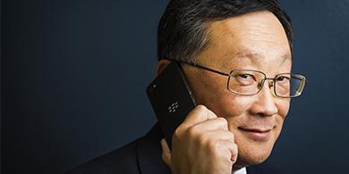 BlackBerry confirma su rumbo: John Chen será CEO cinco años más