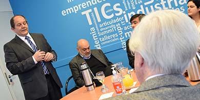 Cuti busca que el gobierno destine US$4 M para formar profesionales TIC