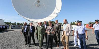 Dilma sobre el satélite geoestacionario SGDC: