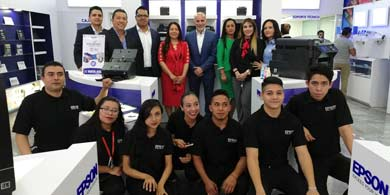 Epson inaugura su primer Epson Store en México