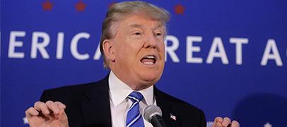Facebook suspende a la consultora que robó datos de 50 M de usuarios para Trump