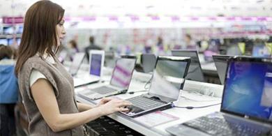 El gobierno confirmó la quita de aranceles a la importación de PCs