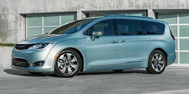 Google y Fiat Chrysler se al�an para crear minivans sin conductor