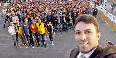 De la mano de Huawei, Bolivia entró al Guinnes de la selfies