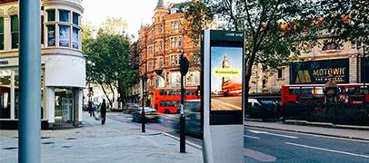 Como Nueva York, Londres se llena de puestos con WiFi
