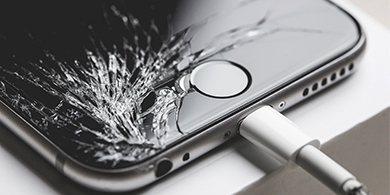 Llega la startup que repara iPhones a domicilio y en 30 min