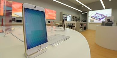Apple suma tres tiendas en el país a través de OneClick