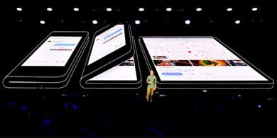 Samsung presentó su smartphone plegable, el Infinity Flex Display