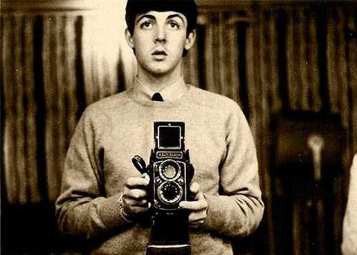 La selfie: el relato de la intimidad alterdirigida