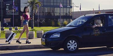 Cómo funciona SheTaxi, la app rosarina para pedir taxis manejados por mujeres