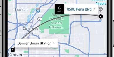 Uber desarrolla una aplicación que incluye al transporte público