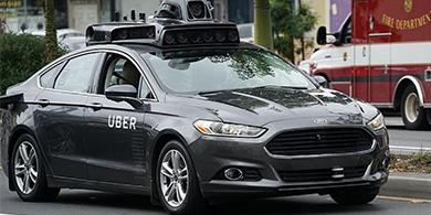 Un vehículo autónomo de Uber atropelló y mató a una mujer en Arizona