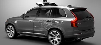 Arizona suspende las pruebas de vehículos autónomos Uber