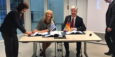 Uruguay firmó acuerdos TIC y de Industria 4.0 en Alemania