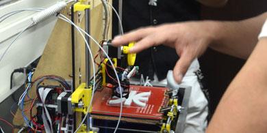 La UTN.BA inaugur� un laboratorio de impresi�n 3D