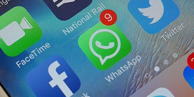 WhatsApp ahora permite citar mensajes en los chats grupales